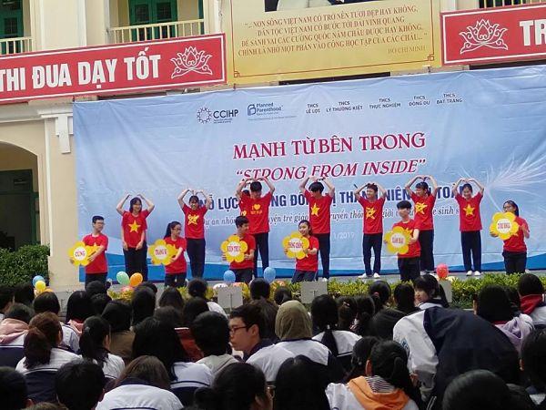 Học sinh trường THCS Lê Lợi nhảy Flashmode về chủ đề phòng ngừa quấy rối tình dục