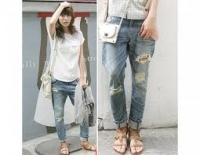 2 phong cách đơn giản với jeans rách