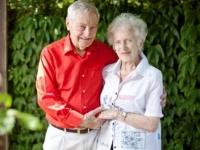 Nên duyên vợ chồng sau 70 năm chia tay