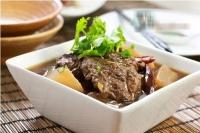 Bò hầm cay Tứ Xuyên cho cuối tuần mát mẻ