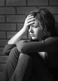 Trầm cảm và nguy cơ tự tử ở giới trẻ