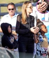 Rộ tin đồn Angelina Jolie kết hôn