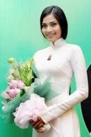 Trương Thị May là gương mặt sáng giá trong cuộc thi Hoa hậu Hoàn vũ 2013