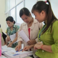 Nữ công nhân với chương trình chăm sóc SKSSTD
