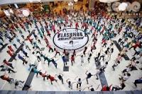 Giới trẻ Hà thành lập kỷ lục flashmob mừng 20/11