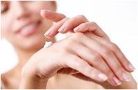 Cách dưỡng ẩm da tay mùa đông