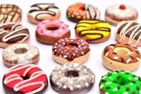 Làm bánh donuts trà xanh đậu đỏ tuyệt ngon mà ít béo