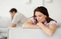 Căng thẳng vì đau bụng kinh: nỗi lo khó nói của phái nữ