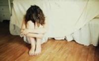 Lần thứ 2, chồng lại quỳ sụp dưới chân tôi cầu xin tha thứ
