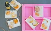 Làm xà phòng hương cam dễ chịu cho ngày rét mướt