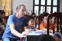 Đến thăm lớp học Tiếng Anh miễn phí của cựu binh Mỹ tại Hà Nội