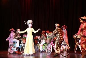 Colosseum Show Thái Lan – Hơn một show chuyển giới