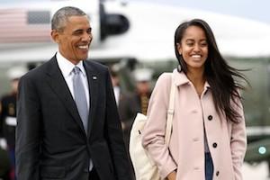 Cha con Tổng thống Obama giữ khoảng cách sau scandal Malia hút cần sa