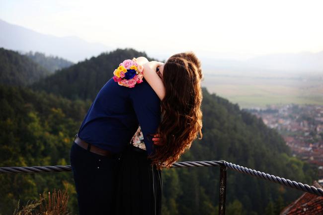 Tình yêu chưa bao giờ là tất cả, và tình yêu đích thực cũng không chỉ có duy nhất ở trên đời!