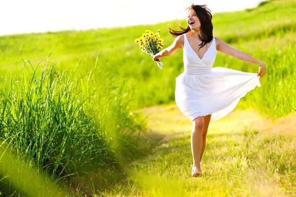 Không hạnh phúc? Hãy thay đổi bản thân, đừng phí thời gian than thở!