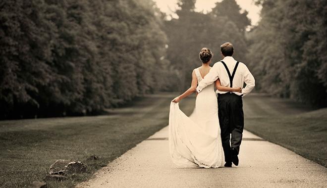 Câu chuyện về tình nghĩa vợ chồng: Tình yêu hy sinh thầm lặng mới là tình yêu đích thực!