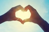 Yêu làm nhịp tim phụ nữ ổn định hơn