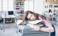5 thói quen vô tình gây hại cho não bộ không ngờ mà nhiều bạn trẻ ngày nay dễ mắc phải
