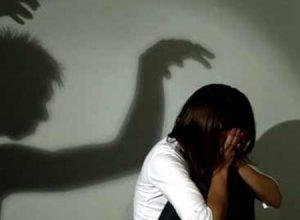 Vì sao khi bị cưỡng hiếp, các chị em thường cứng đơ người, không thể chống cự?