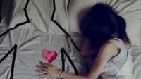 Ngửi áo người yêu giúp giảm stress