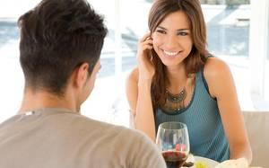 Đừng bao giờ làm những điều này trong buổi hẹn hò đầu tiên với các chàng nhé
