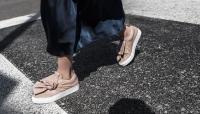 Xu hướng giày thể thao năm 2018 đang khởi động với 5 thiết kế này