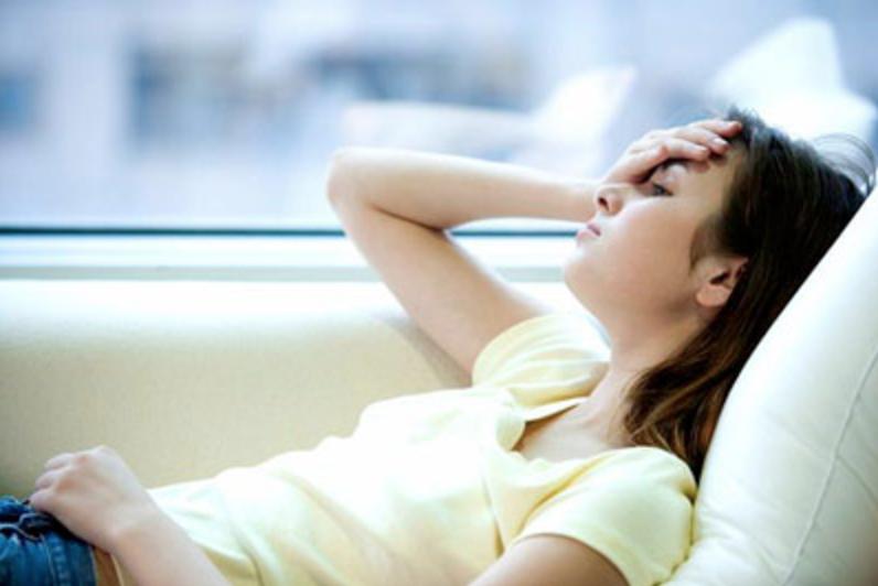 Thức đêm thường xuyên, hội con gái có nguy cơ phải đối mặt với 4 căn bệnh phụ khoa nguy hiểm