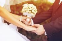 Anh đã sẵn sàng cùng em kết hôn chưa?
