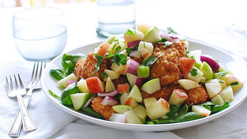 Ghim ngay công thức làm 2 món salad gà cực ngon cực dễ