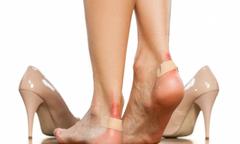 Chọn giày như thế nào để bảo vệ đôi chân