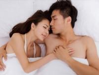 Chuyện chăn gối: Ông càng cầu kỳ, bà càng sốt ruột