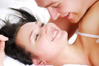 Tại sao nam giới khó đạt cực khoái khi 'yêu'?