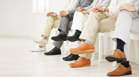 Ngồi bắt chéo chân - Nguyên nhân của nhiều bệnh