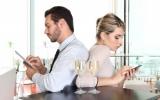 """8 thói quen """"xấu"""" ảnh hưởng đến cuộc sống hôn nhân"""