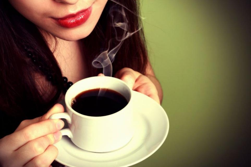 Cơ thể phụ nữ sẽ ra sao nếu uống cà phê mỗi ngày?