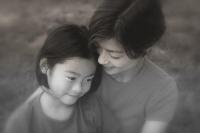 Bài văn 'Nếu mẹ em có chồng mới' của con gái khiến tôi nghẹn ngào rồi lặng lẽ hủy hôn với người yêu