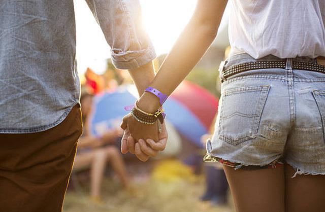 Với tình yêu, hãy cứ cho đi trước khi đòi hỏi nhận điều gì