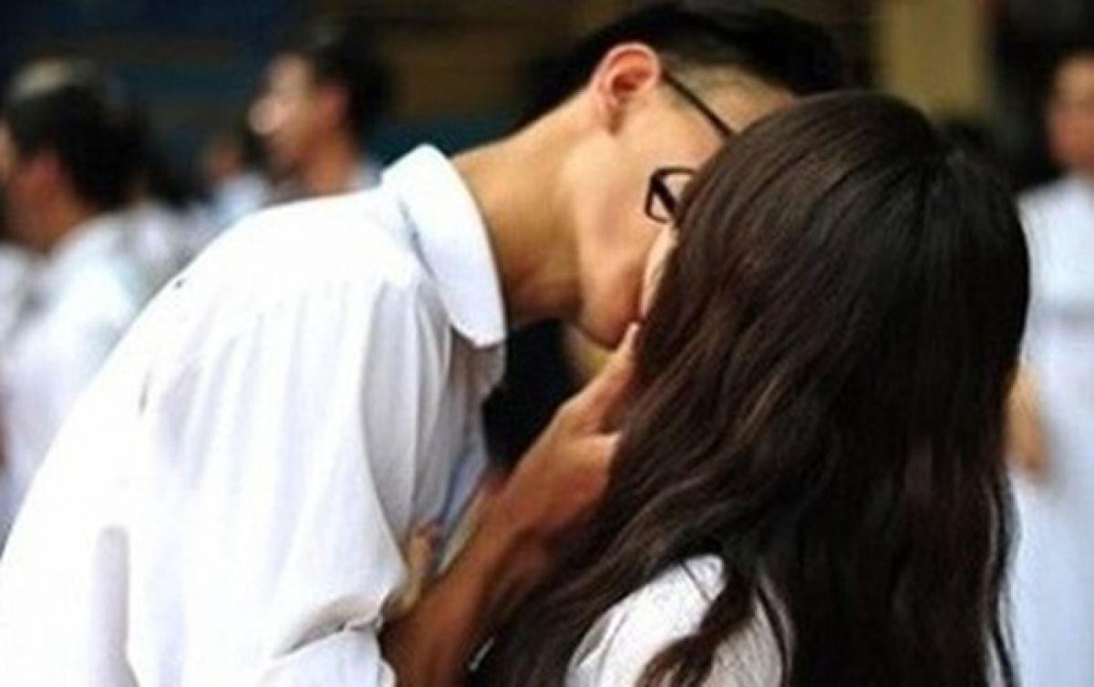 Tình dục trong giới trẻ: Còn đó những âu lo