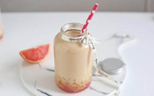 Hè này tôi có món trà sữa ngon siêu cấp, ai đến chơi uống thử cũng nức nở khen ngon