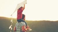 Bức thư con gái gửi bố nơi thiên đường: Bố luôn ở trong tim gia đình
