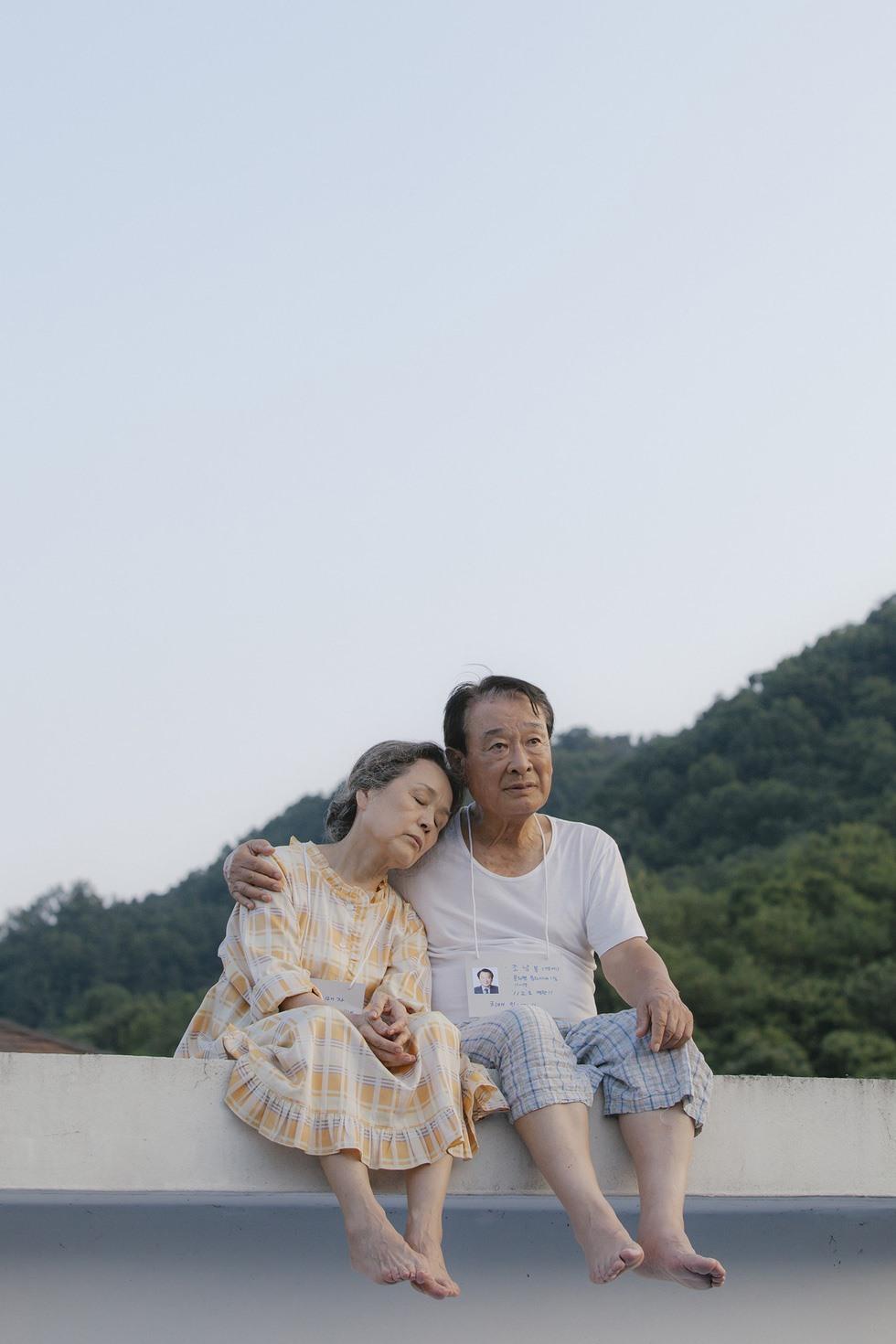 'Điều ba mẹ không kể' - phim Hàn về người già lấy nước mắt khán giả