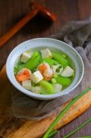 Canh mướp nấu tôm đậu phụ thanh mát ngày hè
