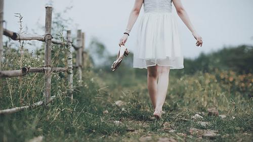 5 lời khuyên sau chia tay: Lùi lại để bước qua