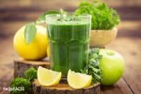 Ly nước ép xanh mỗi sáng mang lại hiệu quả bất ngờ cho bạn