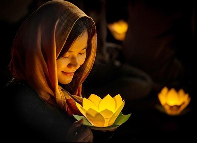 Khi biết mỉm cười, hạnh phúc sẽ gõ cửa trái tim