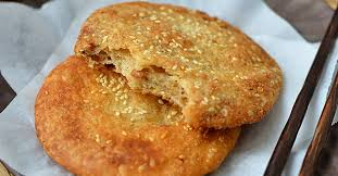 Trời lạnh mà có món bánh rán mặn nóng hổi giòn thơm này để ăn thì đúng là số 1!