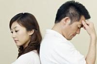 """Làm sao để tha thứ khi 7 mang thai là 7 tháng vợ liên tục """"ân ái"""" với tình cũ?"""