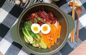 Món ngon cuối tuần: Trổ tài làm cơm lạp vịt nổi tiếng của người Hoa
