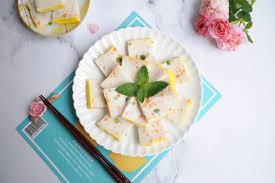 Tết này học ngay cách làm món chả cá hấp ngon đẹp lại không lo dầu mỡ ngán ngấy