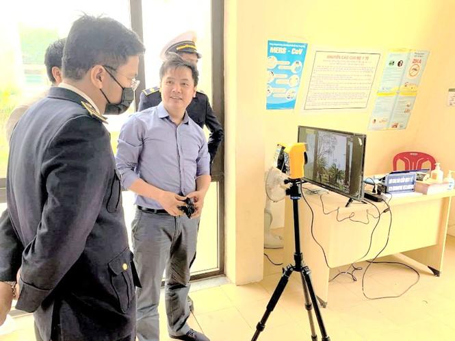 Quảng Trị: Lắp đặt máy đo thân nhiệt từ xa tại hai cửa khẩu quốc tế